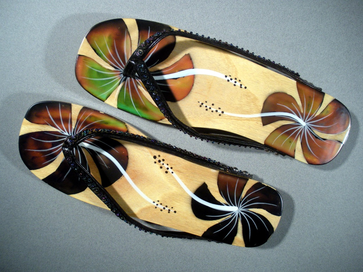 Touch Sensitive Color Changing Sandals 160